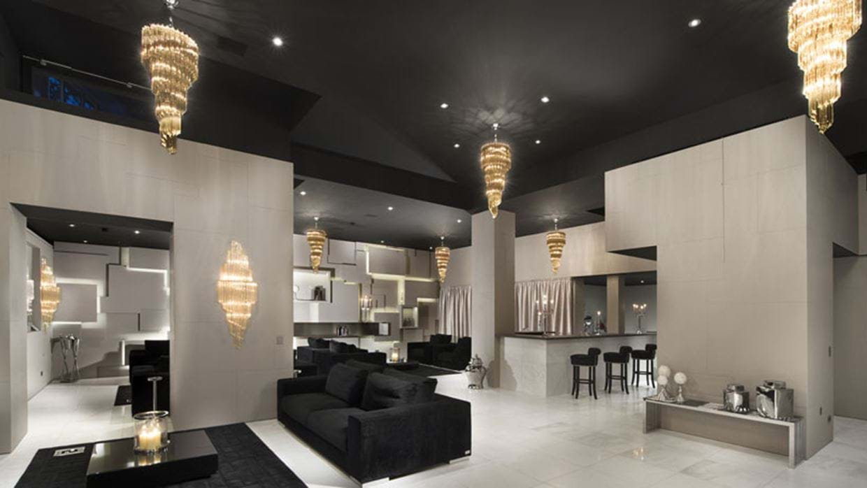2414515party-room.jpg