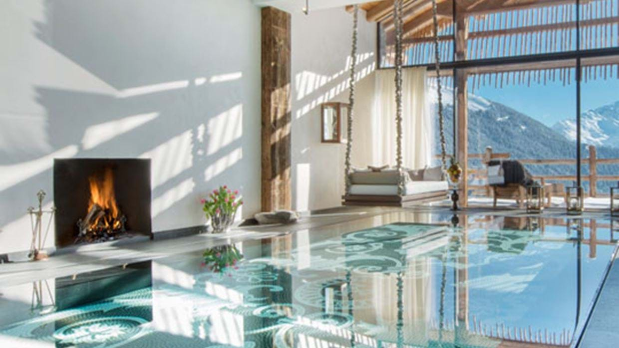 Ski Chalets with Swimming Pools