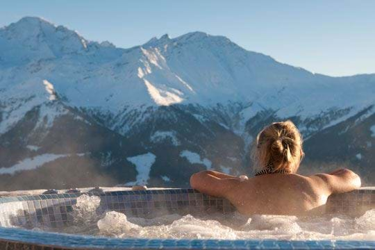 Top 5 Hot Tubs