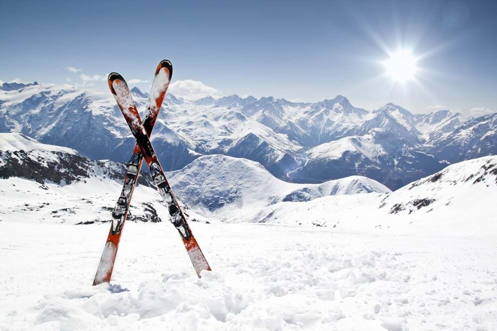 Guest Blog: How to Look After Your Skis and Store Them
