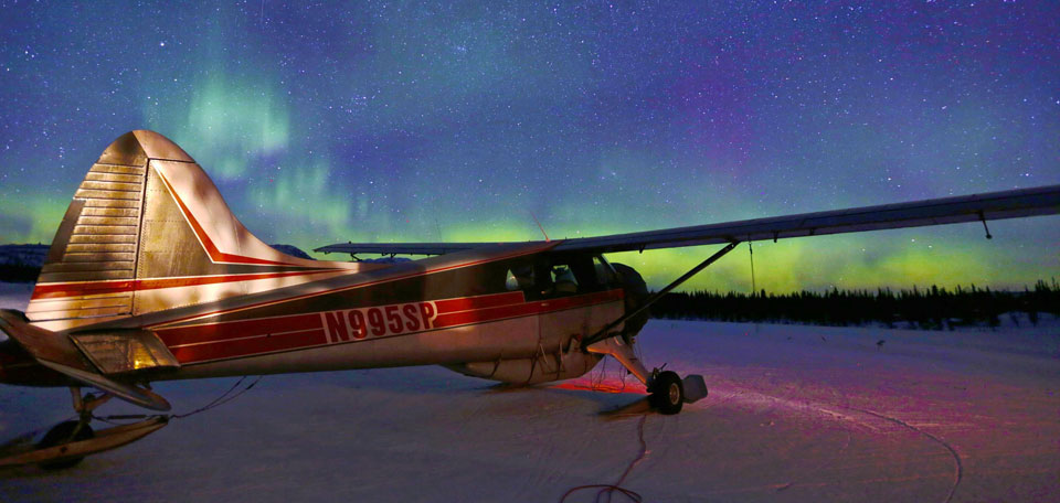 alaska luxury heli ski northern lights img