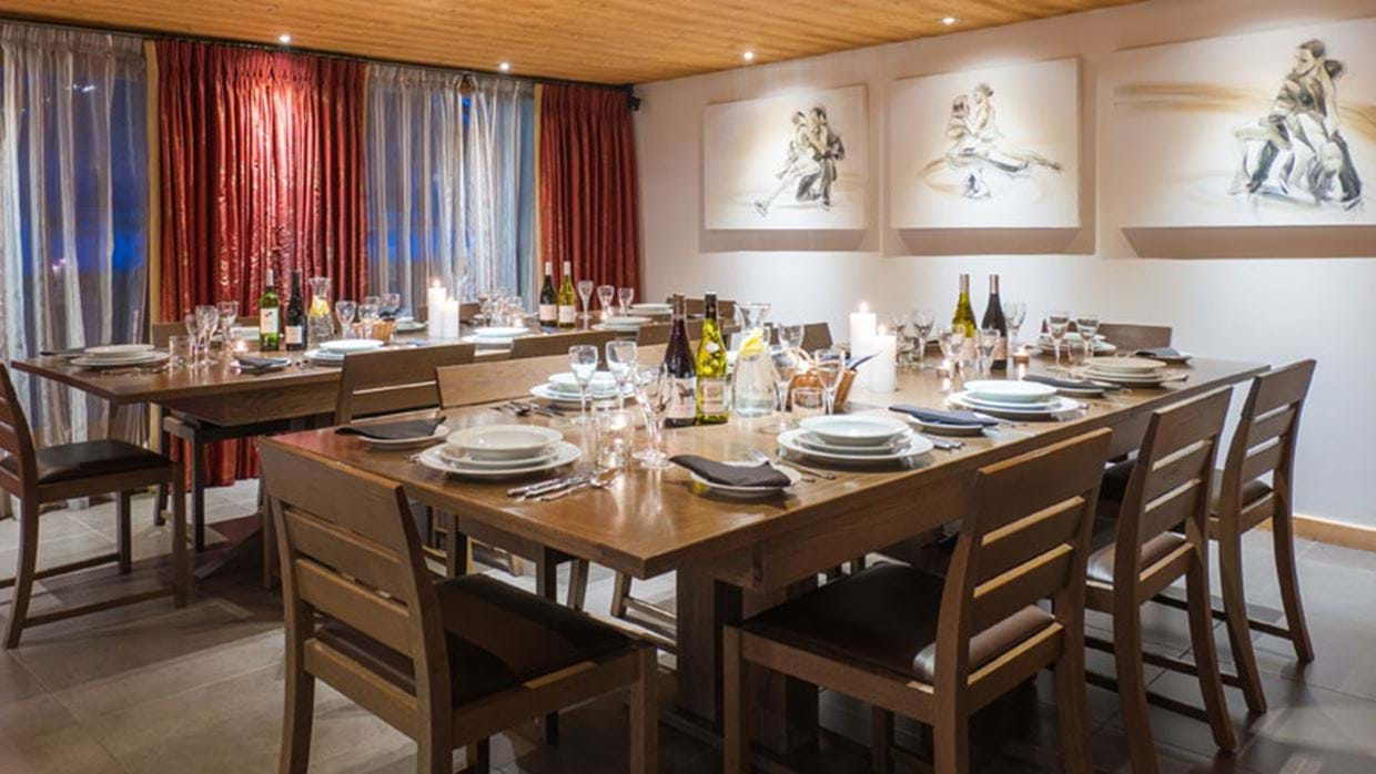 Club Alaska Morzine Luxury Ski Dining img.jpg
