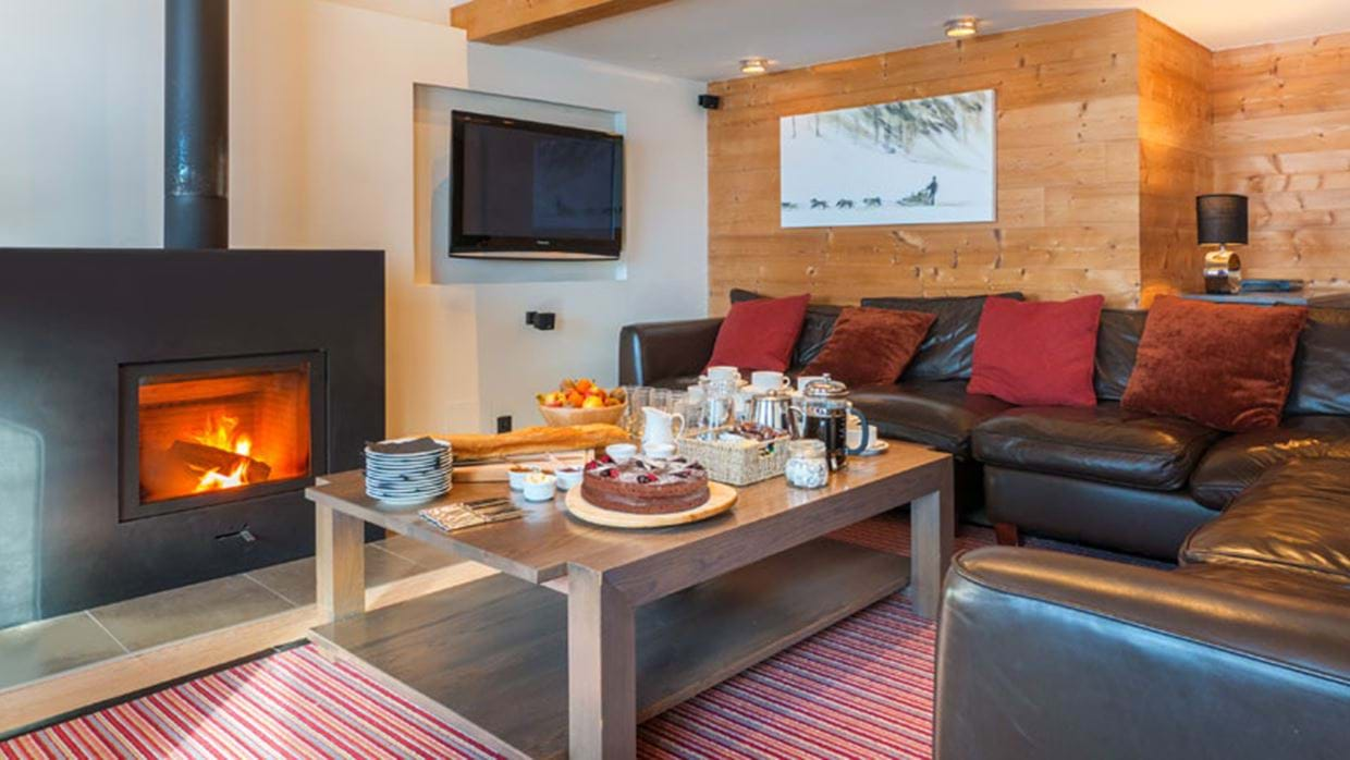 Club Alaska Morzine Luxury Ski Living img.jpg