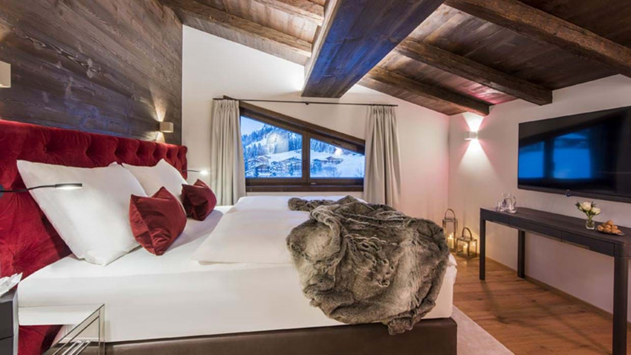 Nidus Penthouse Lech Luxury Ski Bedroom 2 img.jpg