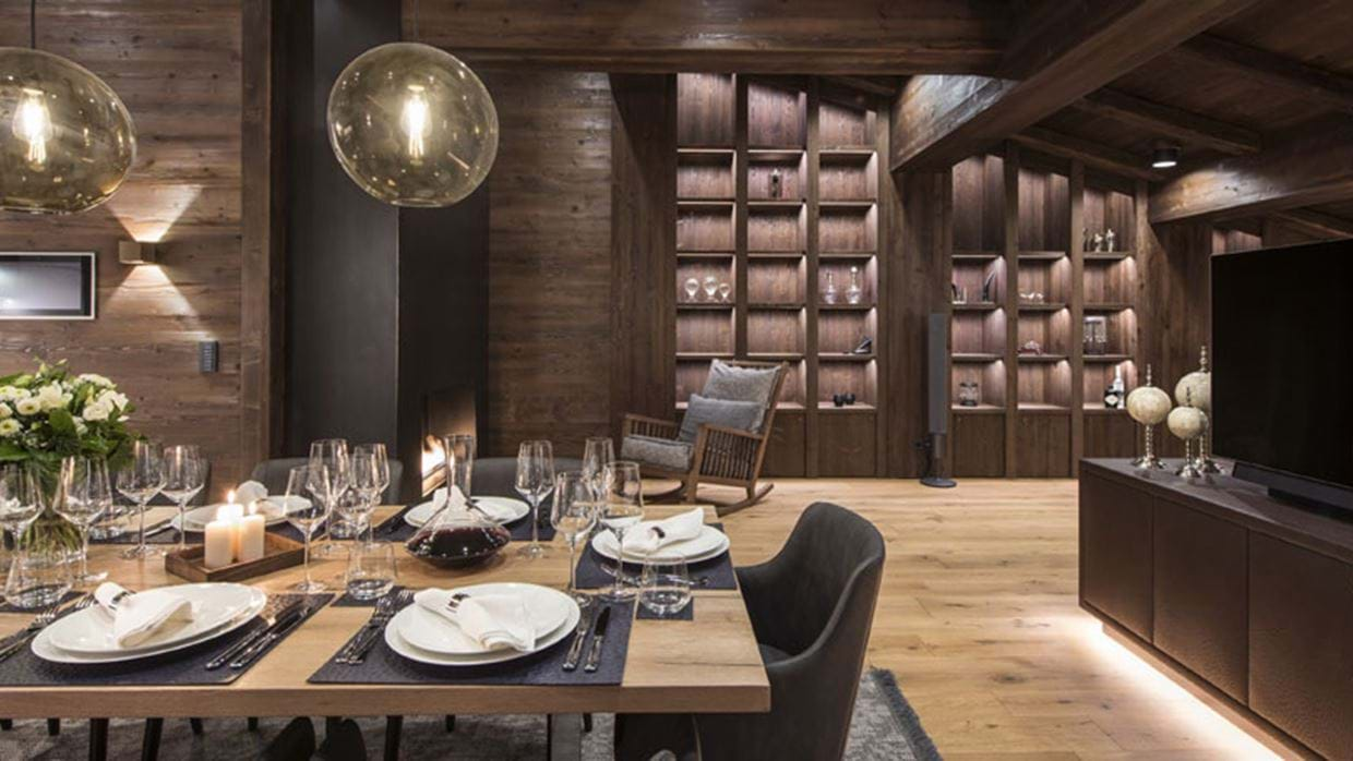 Nidus Penthouse Lech Luxury Ski Dining-night img.jpg