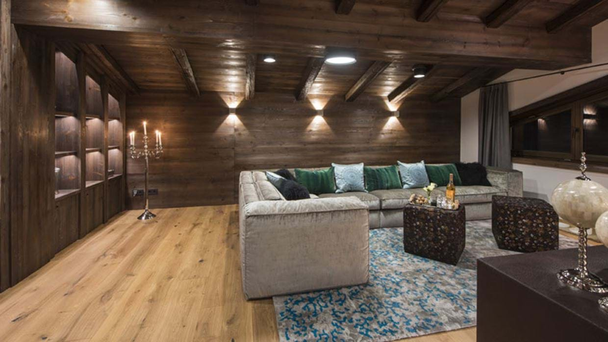 Nidus Penthouse Lech Luxury Ski Lounge evening img.jpg