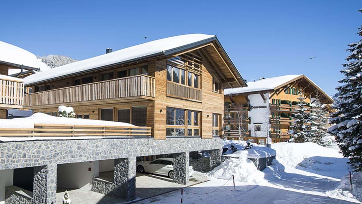 chalet_laurus_lech_outside_view.jpg