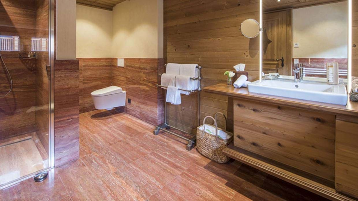 chalet_laurus_lech_bathroom.jpg
