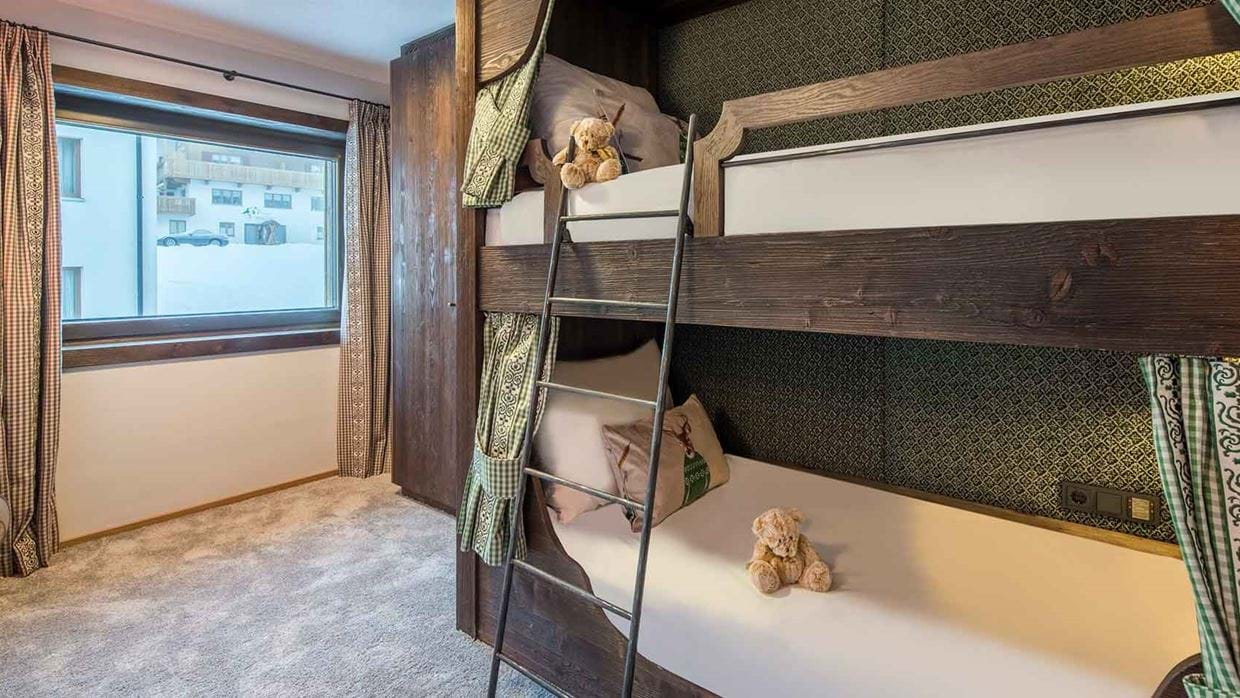 nidus_apartment_3_chalet_lech_austria_childrens_bedroom_luxury_ski_holiday.jpg