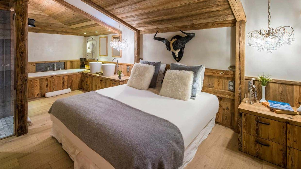 chalet_barmettes_valdisere_france_bedroom_luxury_ski.jpg