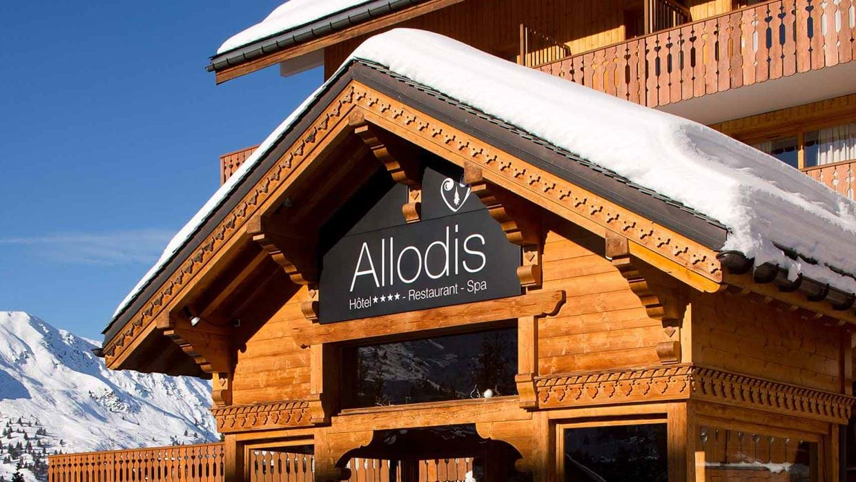 hotel_allodis_meribel_france_luxury_ski_exterior.jpg