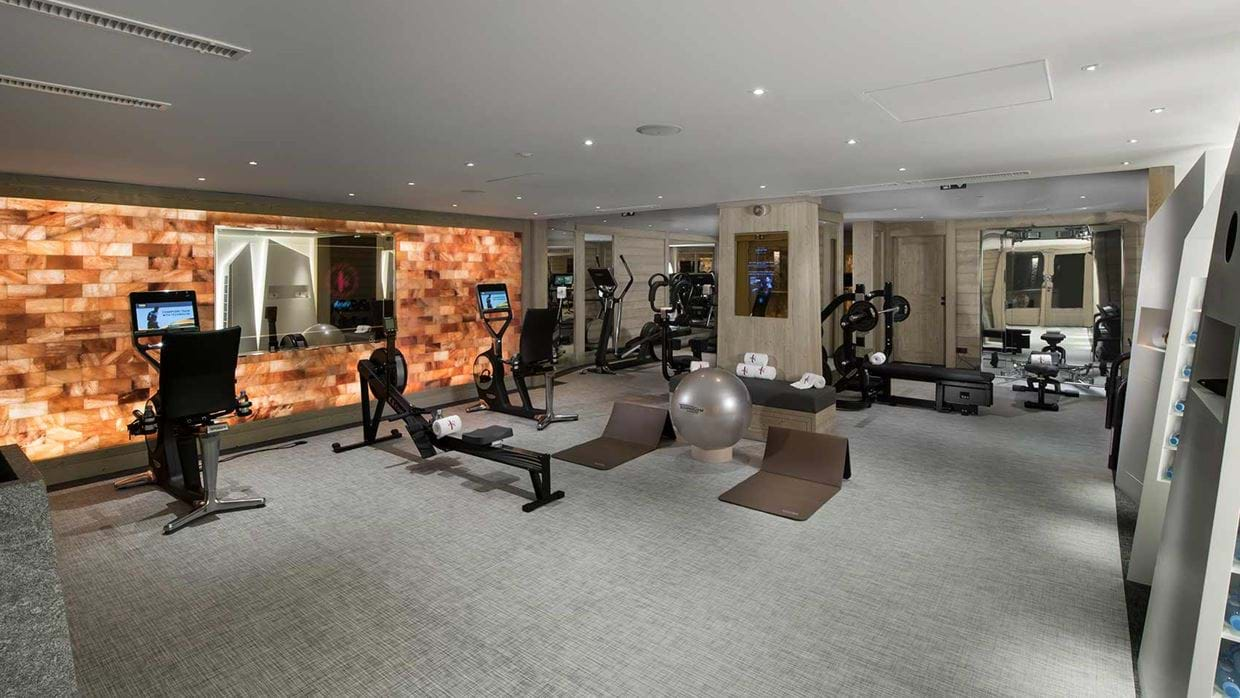 hotel_k2_altitude_courchevel_1850_france_luxury_ski_gym.jpg