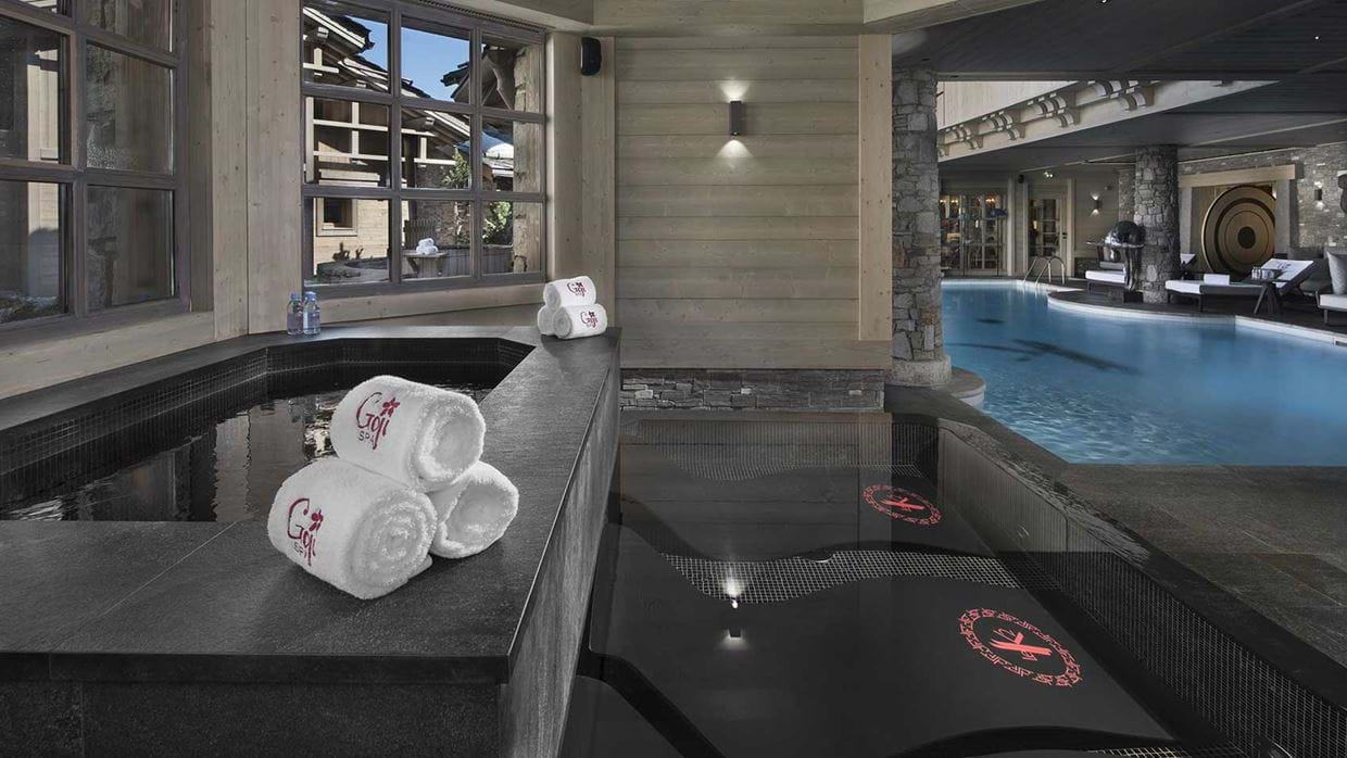 hotel_k2_altitude_courchevel_1850_france_luxury_ski_spa_baths.jpg