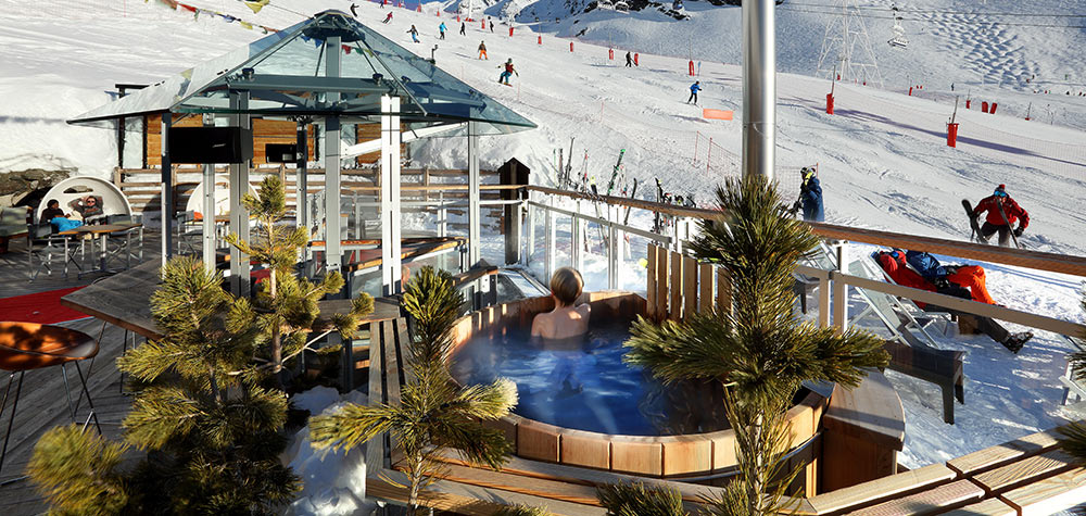 hotel_pashmina_val_thorens_france_luxury_ski_holiday_hot_tub