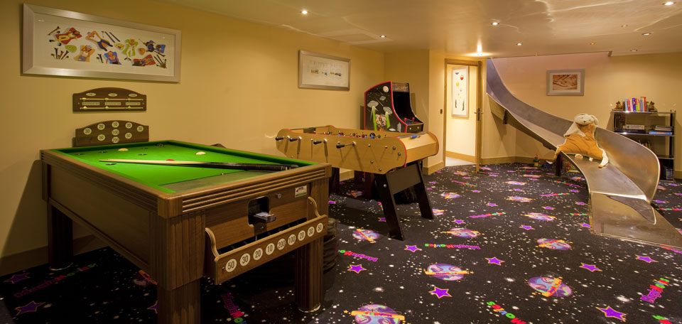 chalet_serena_childrens_games_room_chamonix_france