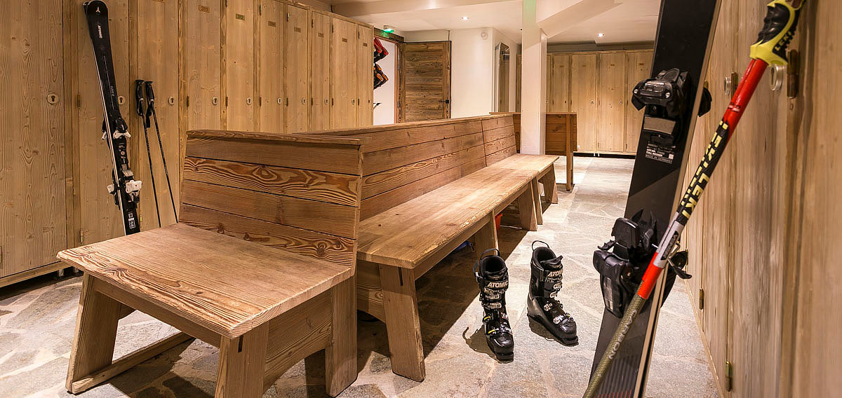 hotel_kandahar_france_valdisere_luxury_ski_holiday_boot_room