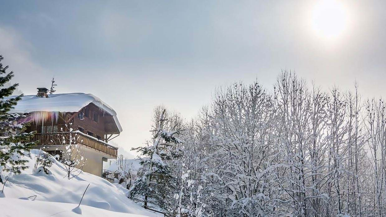 chalet_twenty26_morzine_france_luxury_ski_holiday_img.jpg