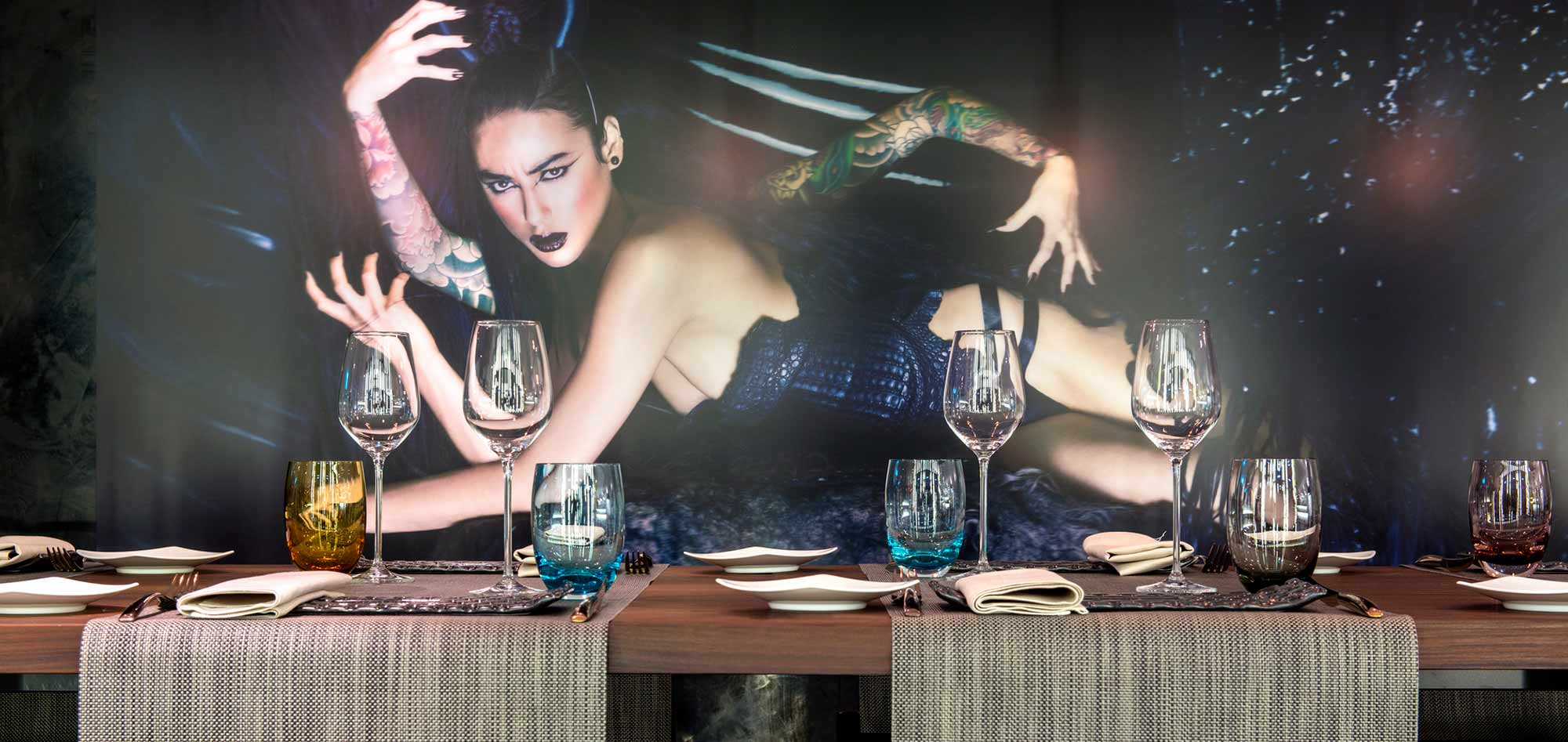 hotel dining table with backdrop of model