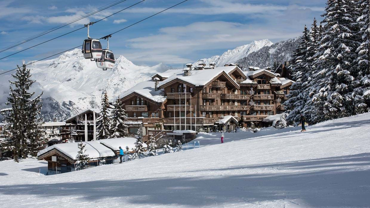 hotel_grande_alpes_luxury_ski_hotel_courchevel_1850_luxury_ski_exterior.jpg