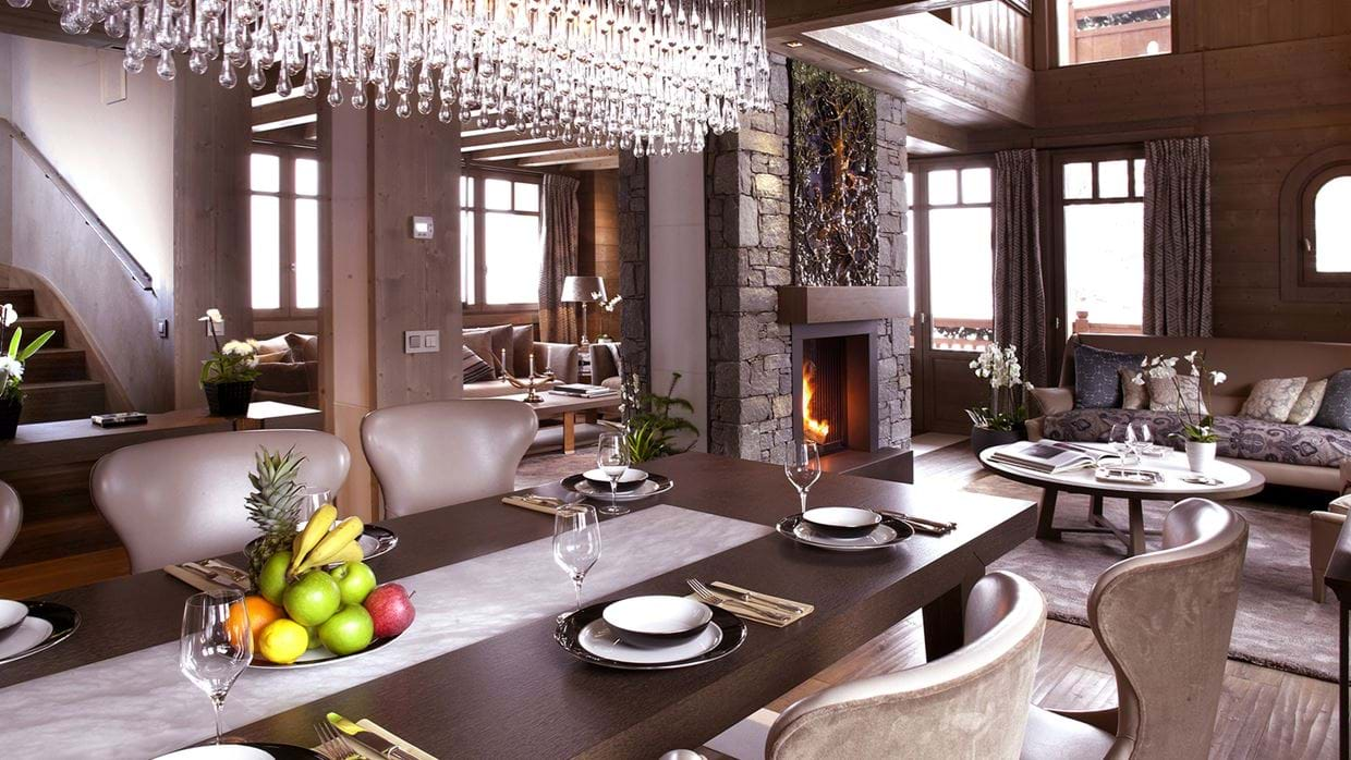 chalet_lys_martagon_courchevel_1850_france_luxury_ski_dining.jpg