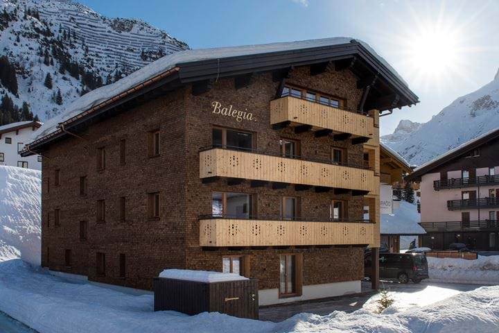 Self Catered Ski Chalets & Apartments
