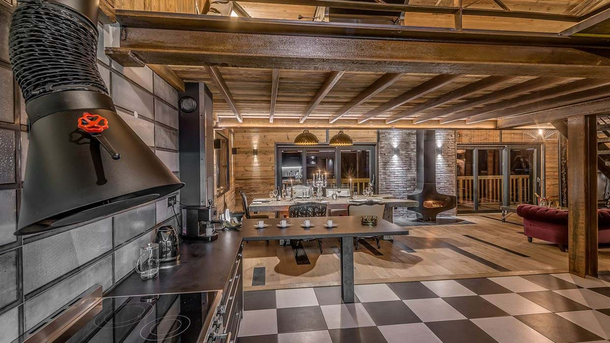 luxury_ski_chalet_banksy_black_diamond_tignes_oxford_ski_kitchen2.jpg