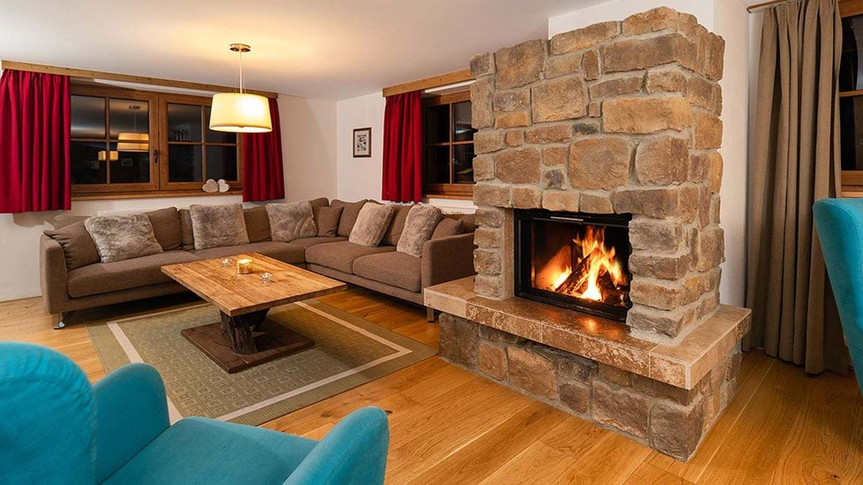 club_fritz_luxury_ski_chalet_st_anton__living_room.jpg