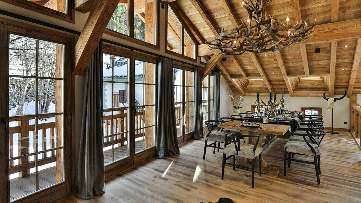 chalet_le_moulin_luxury_ski_chalet_oxford_ski_dining_room.jpg