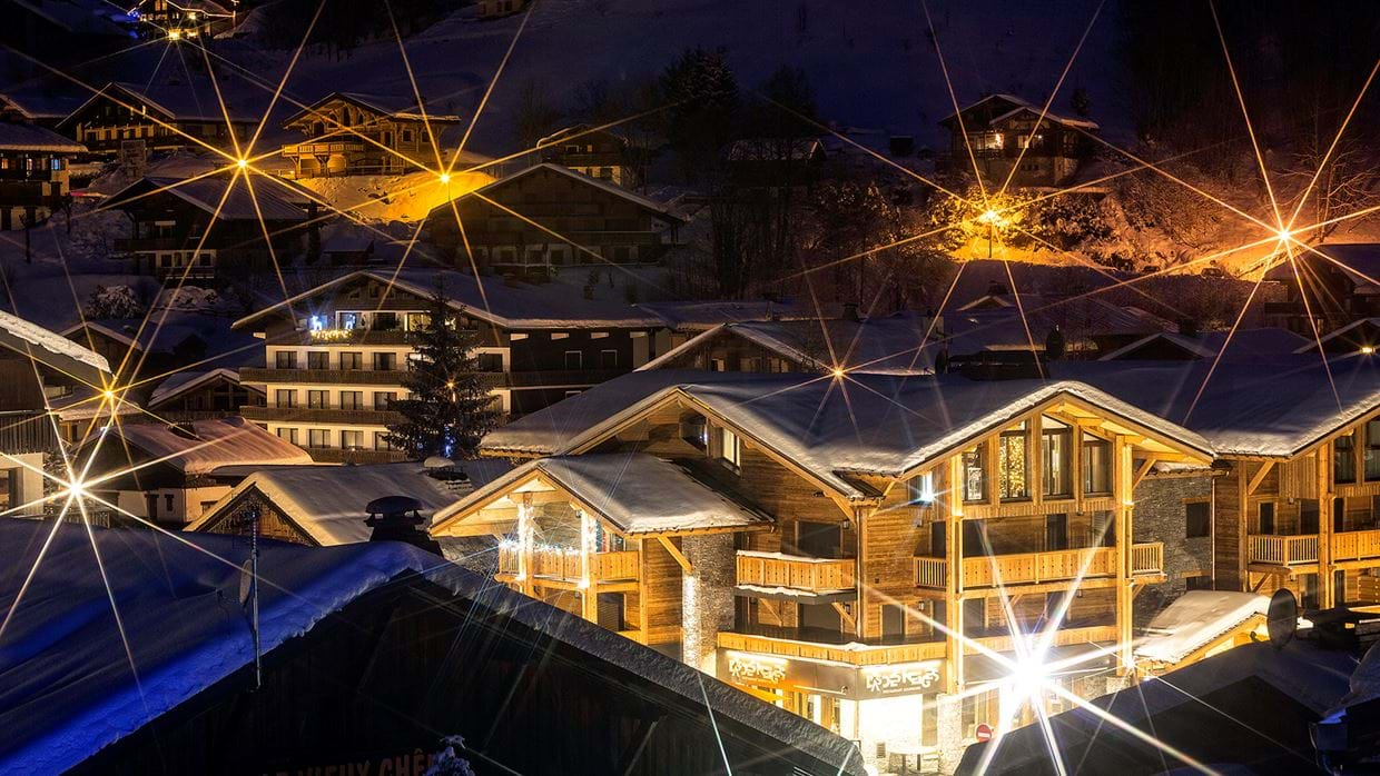 urban_corniche_luxury_ski_chalet_les_gets_self_catered_luxury_ski_exterior2.jpg