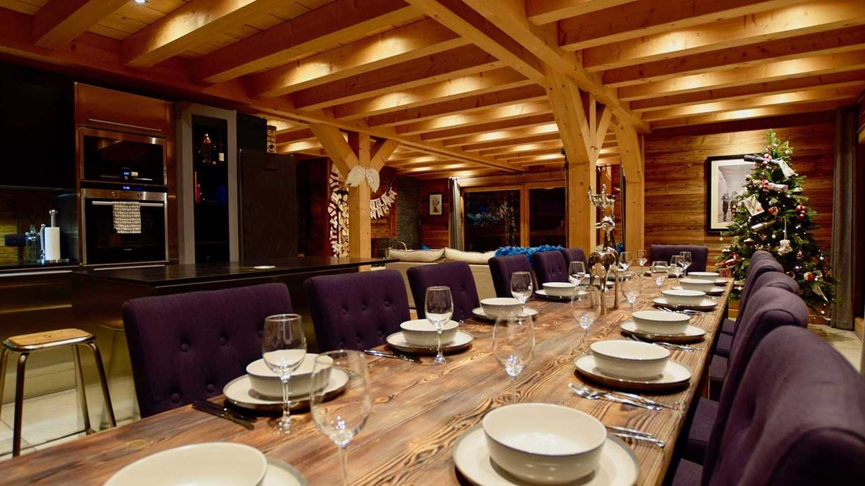 chalet_valumbrun_les_gets_luxury_ski_chalet_oxford_ski_dining2.jpg