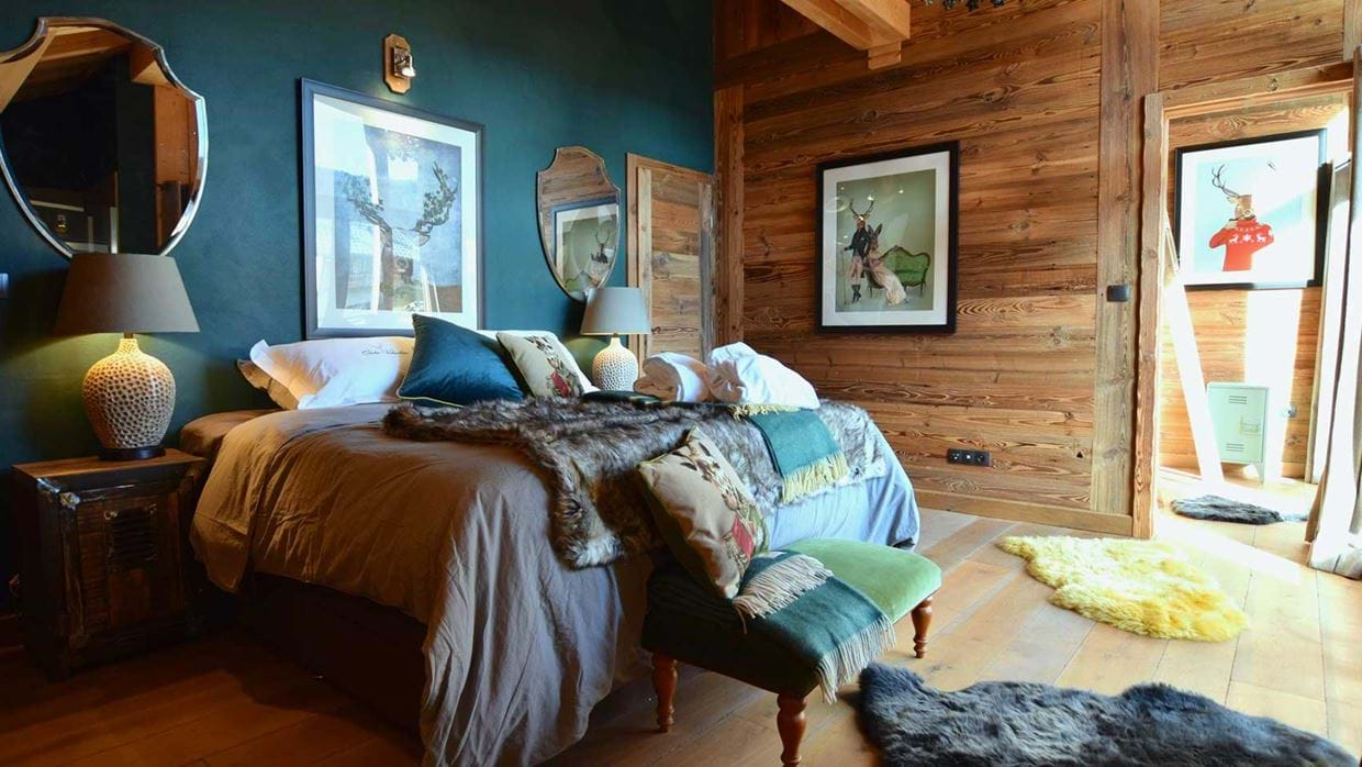 chalet_valumbrun_les_gets_luxury_ski_chalet_oxford_ski_bedroom3.jpg