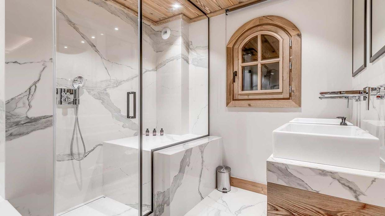 chalet_namaste_courchevel_1850_Bathroom2_img.jpg