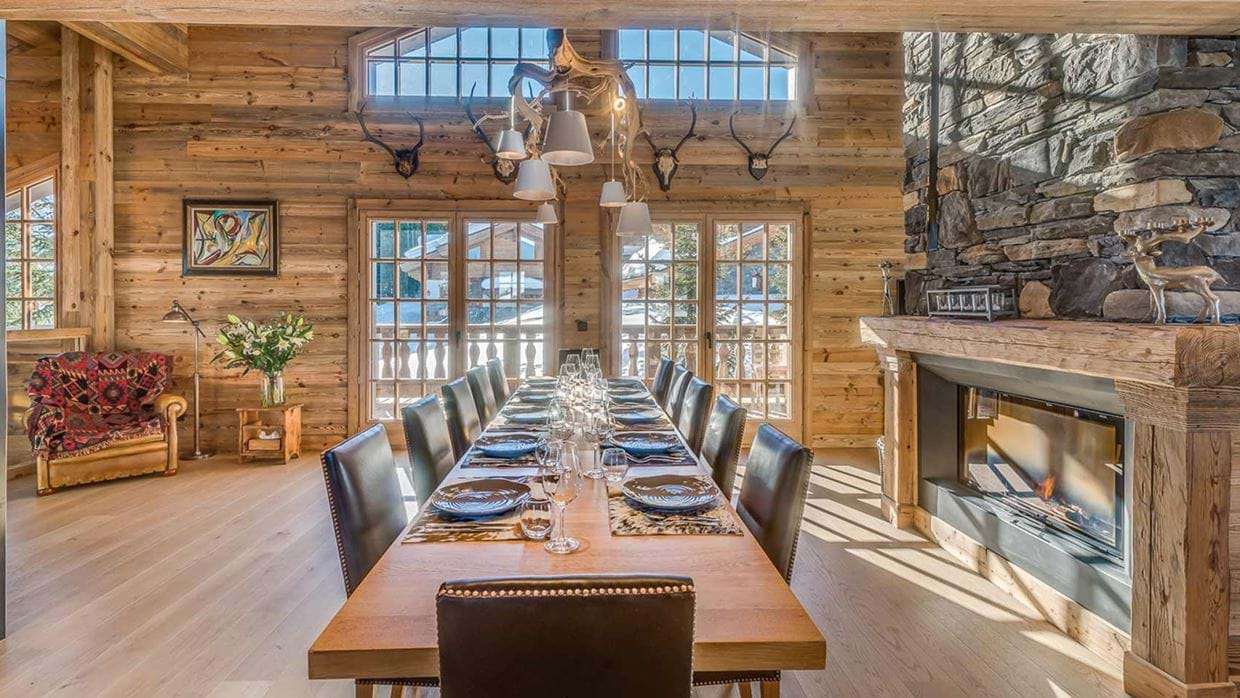 chalet_namaste_courchevel_1850_Dining_img.jpg