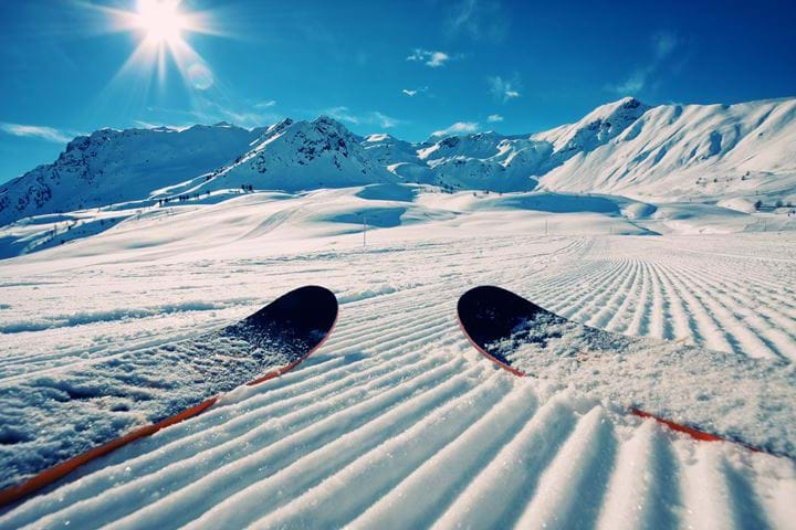 4 Reasons to Ski this Spring