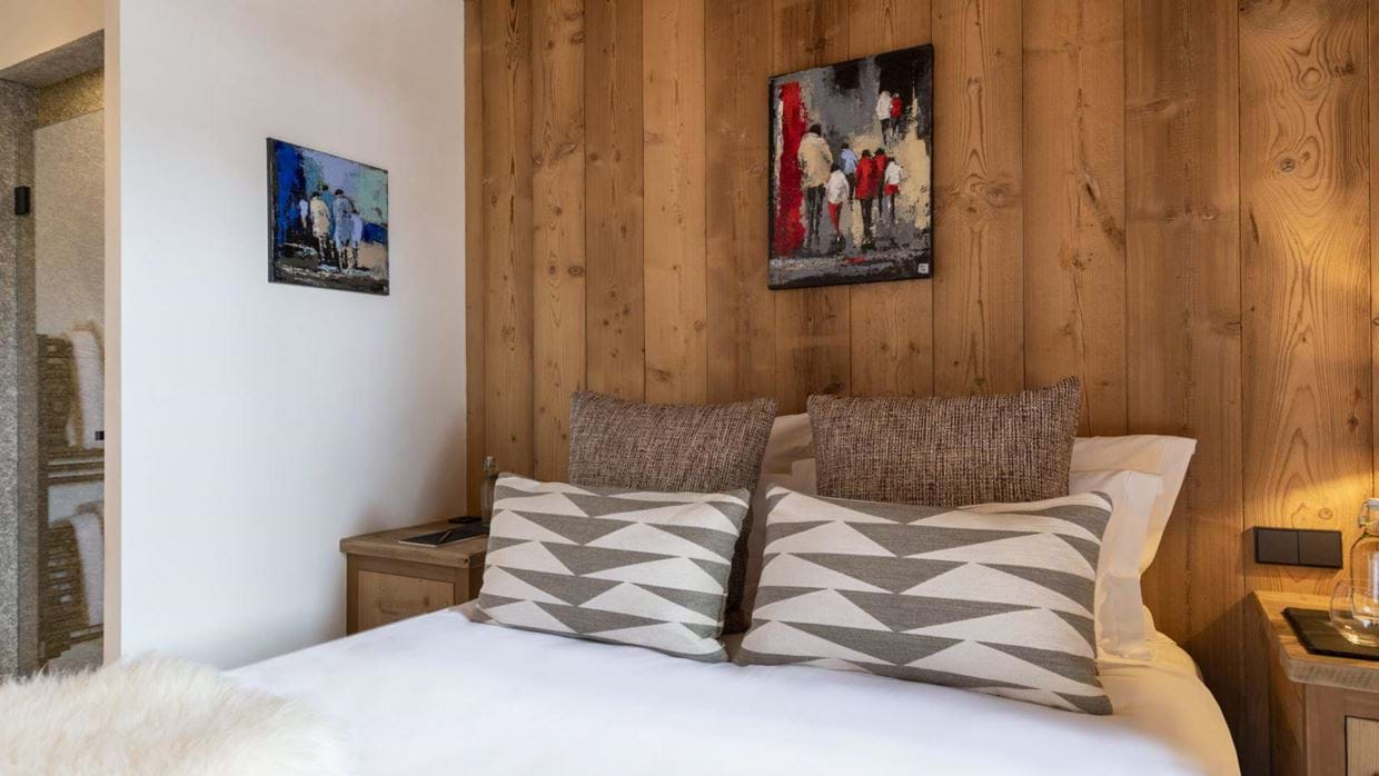 chalet_cala_201_val_disere_luxury_chalet_oxford_ski_bedroom_4.jpg