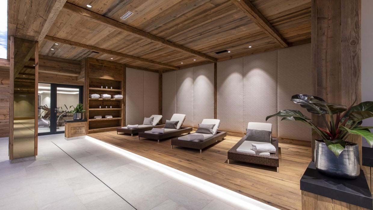 chalech_S_lech_luxury_ski_chalet_oxford_ski_ spa.jpg