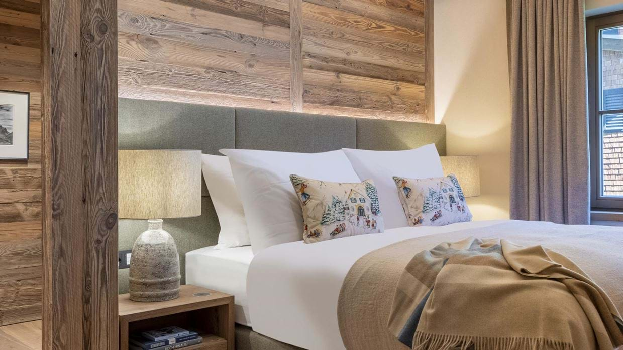 chalech_S_lech_luxury_ski_chalet_oxford_ski_ bedroom (10).jpg