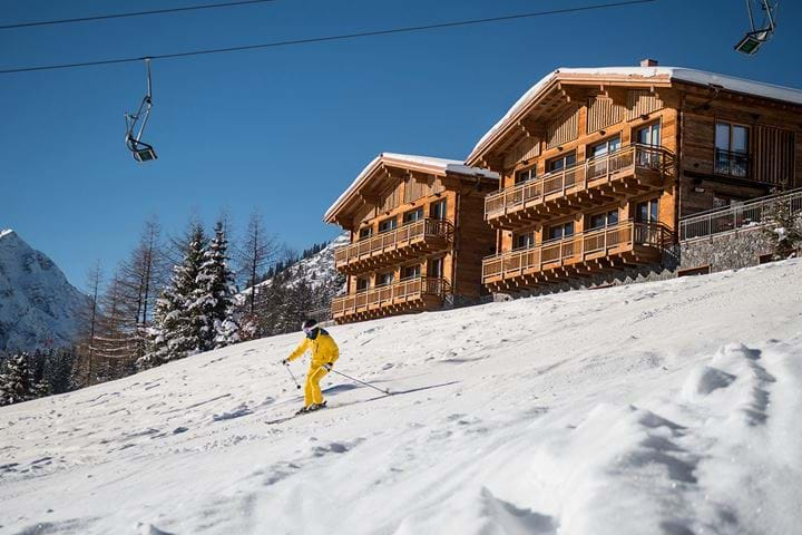 Ski-In/Ski-Out Luxury  Chalets