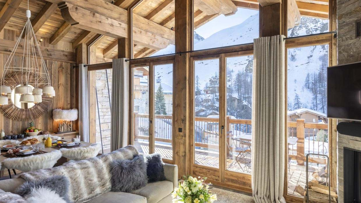 Grand_Pre_3_Val_disere_Oxford_Ski_Living_Room_2.jpg