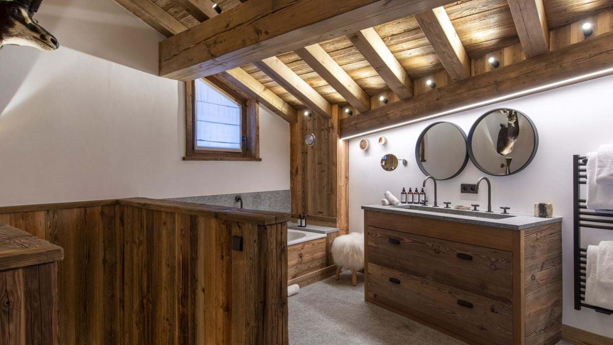 Grand_Pre_3_Val_disere_Oxford_Ski_Bathroom_1.jpg