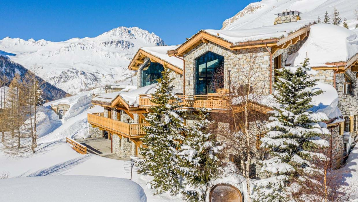 Chalet_Orso_Val_DIsere_Oxford_Ski_Luxury_Chalet_Outside.jpg