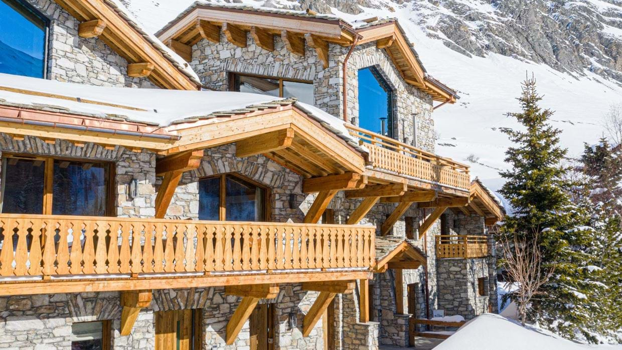 Chalet_Orso_Val_DIsere_Oxford_Ski_Luxury_Chalet_Outside_2.jpg