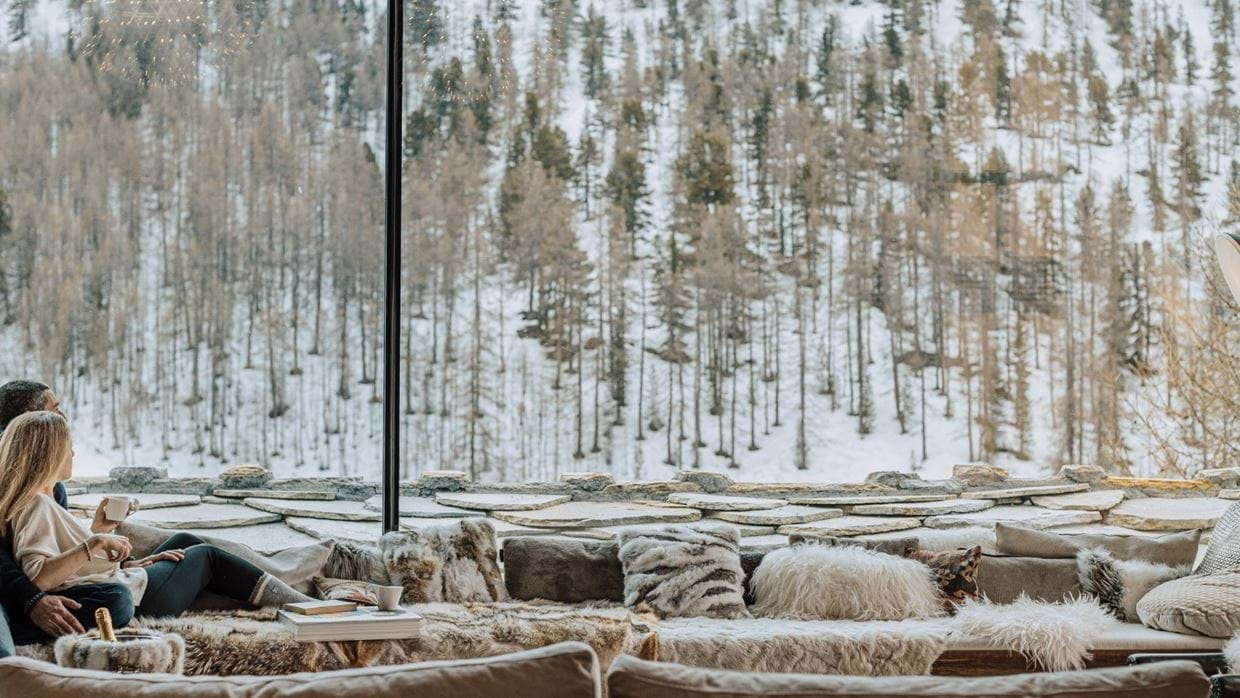 Chalet_Orca_Val_DIsere_Oxford_Ski_Luxury_Chalet_Lounge.jpg