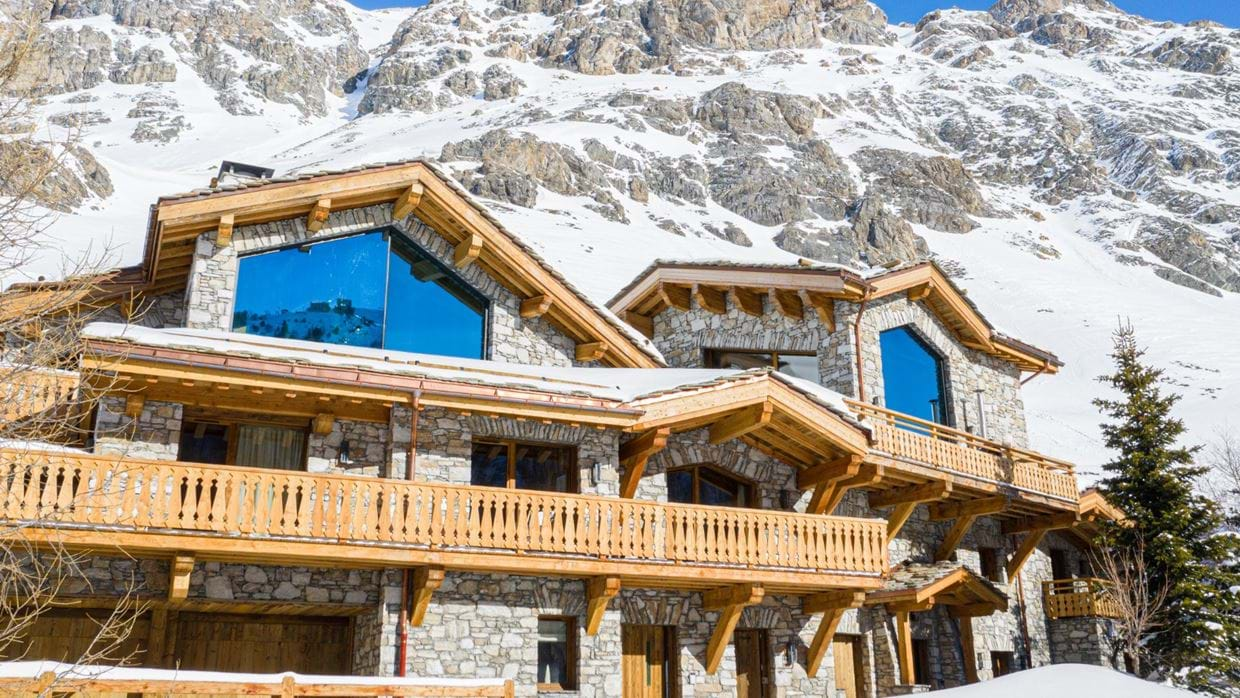 Chalet_Orca_Val_DIsere_Oxford_Ski_Luxury_Chalet_Outside.jpg