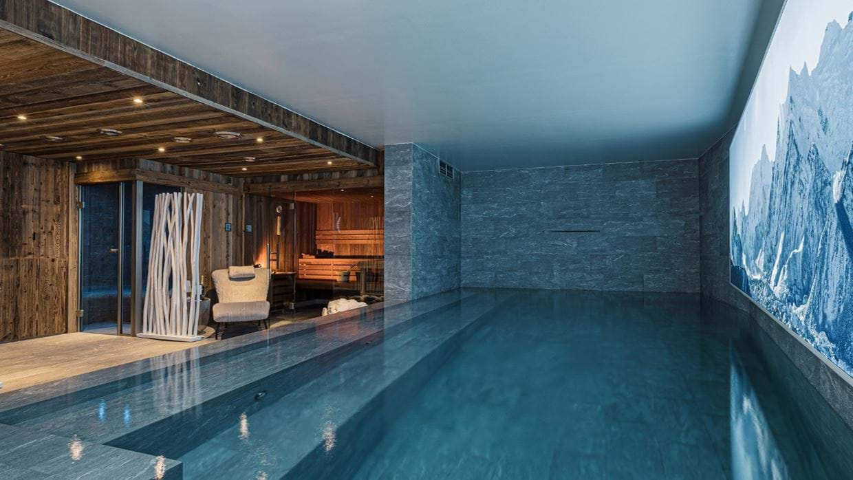 Chalet_Orca_Val_DIsere_Oxford_Ski_Luxury_Chalet_Pool_2.jpg