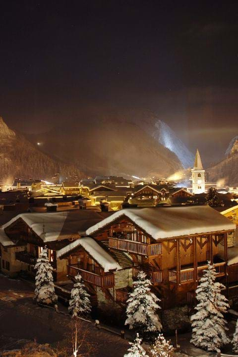 Luxury Ski Chalets and Hotels in Val d'Isere