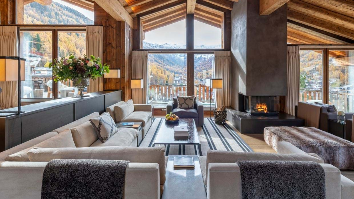 luxury_ski_chlaet_les_anges_zermatt-Luxury_ski_chlaets (1).jpg