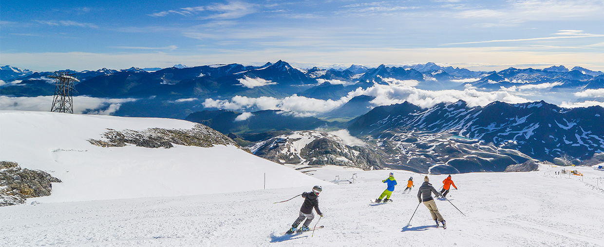 Top 5 Luxury Snow-Sure Resorts for Late Season Escapes