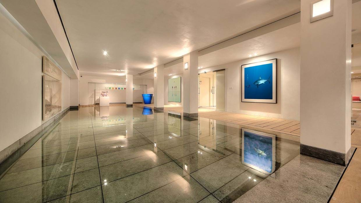 luxury_megève_france_chalet_izoard_oxford_ski_indoor_pool.jpg