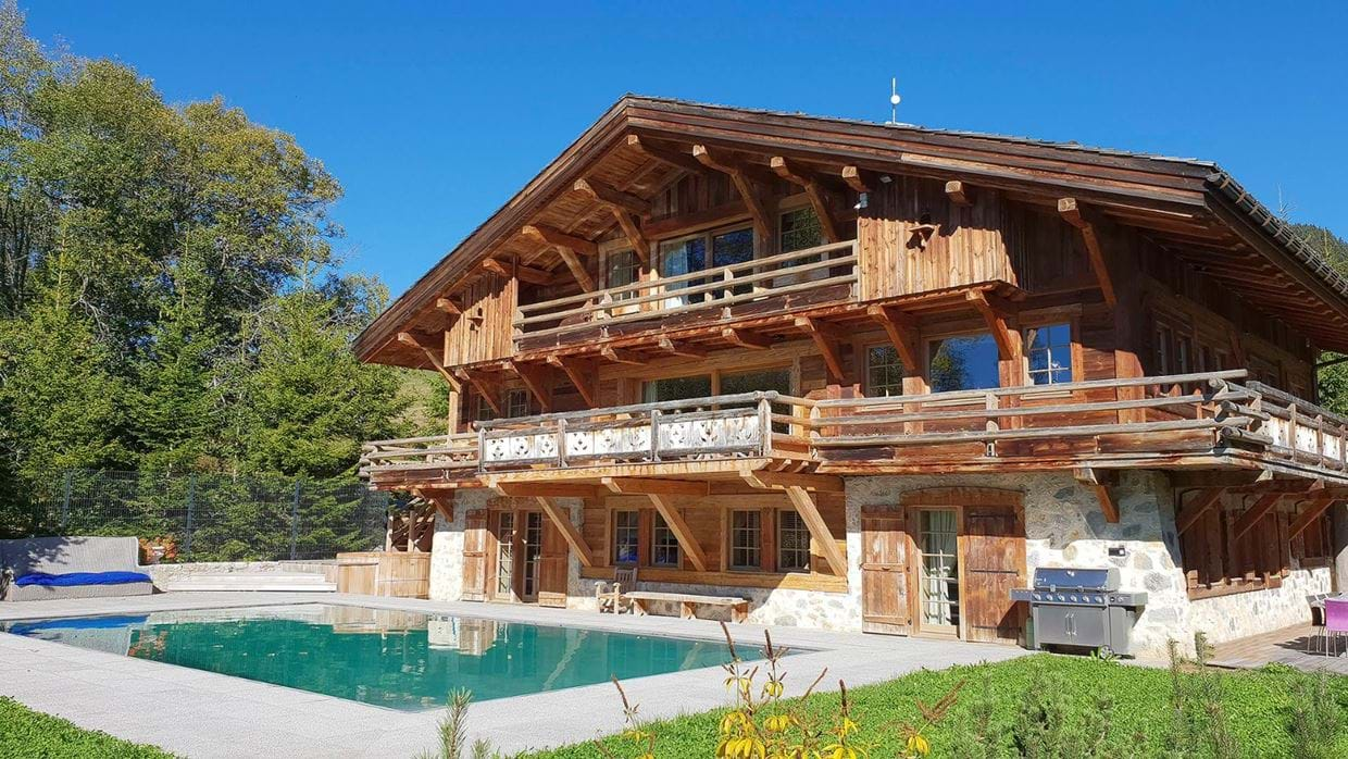 luxury_megève_france_chalet_izoard_oxford_ski_exterior_summer.jpg
